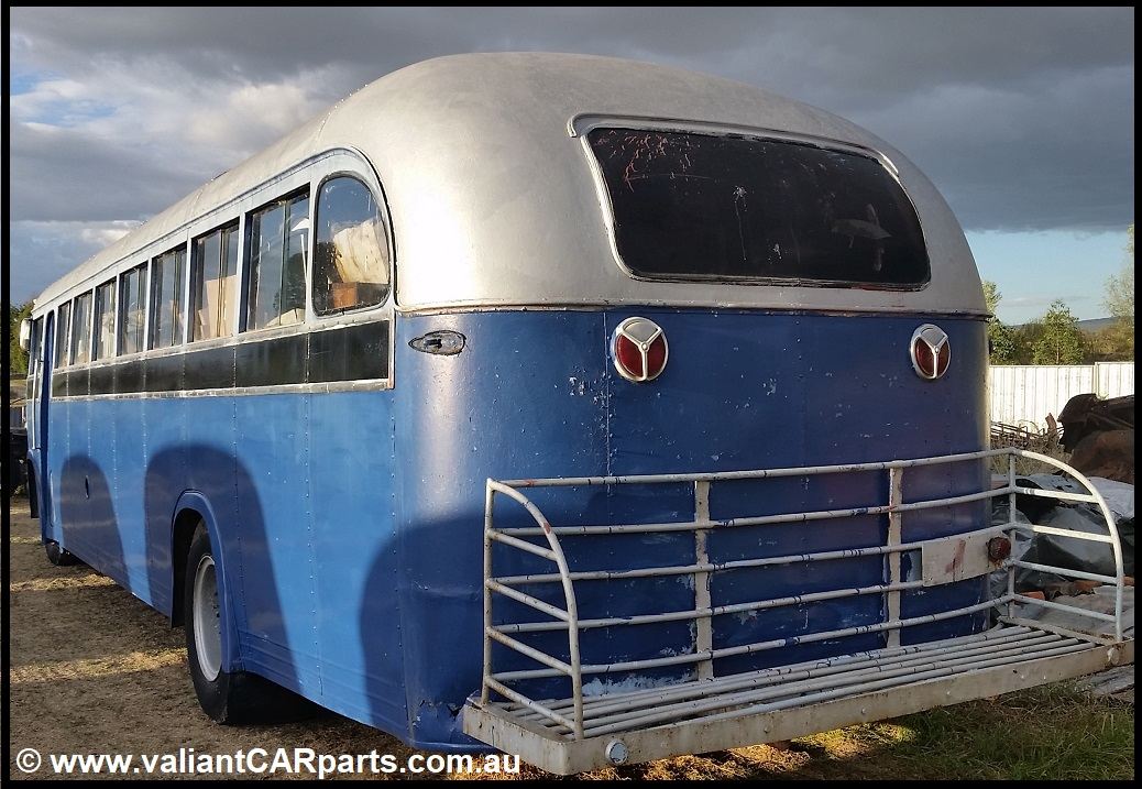1954_WB22_WHITE_Lismore_vintage_bus_Coach_for_sale-LHS-R