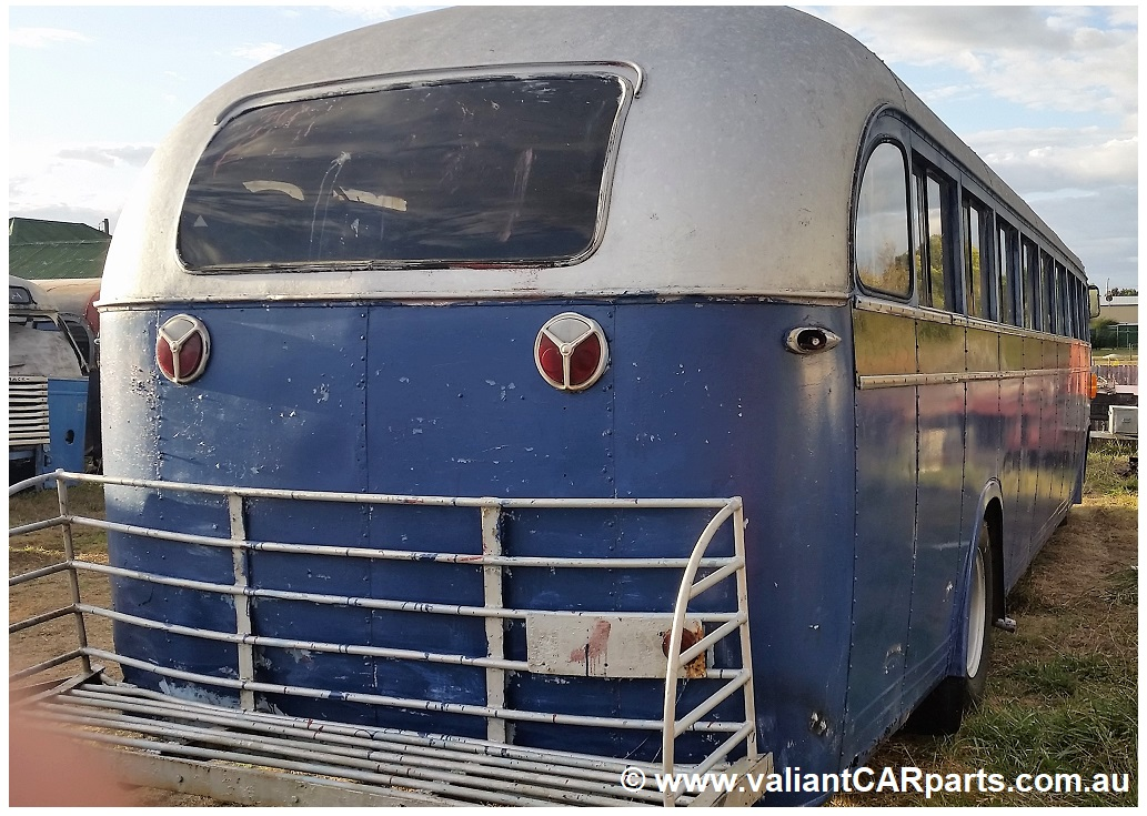 1954_WB22_WHITE_Lismore_vintage_bus_Coach_for_sale-RH-R