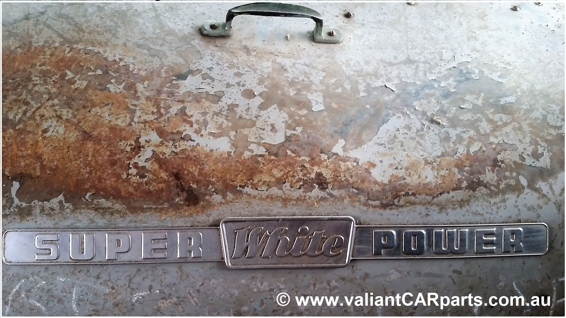 1954_WB22_WHITE_Lismore_vintage_bus_Coach_for_sale-Super_Power_engine_badge-em