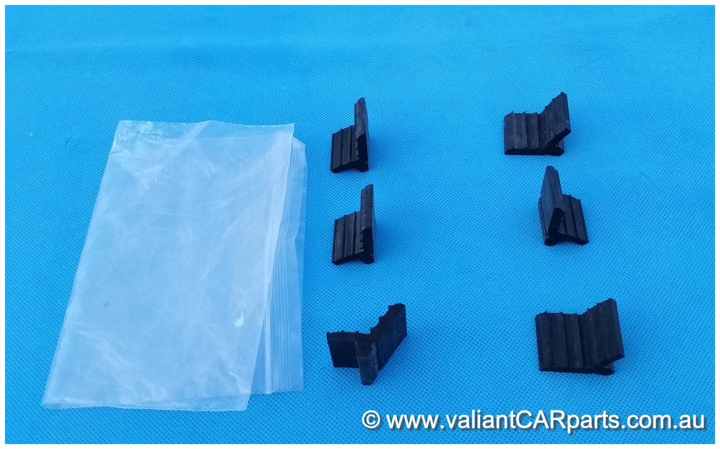 Australian_International_Harvester_HOOD_BUMP_Bonnet_Rubber_SET_IH_Truck_AB-C-D_Series_C1100-D1110_-_Copy
