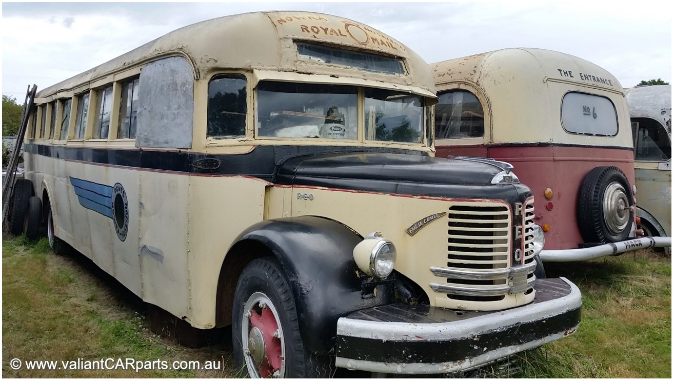 REO_Gold_Comet_E21_BUS_Dents_Nowra_Huskison_Royal_Mail-1